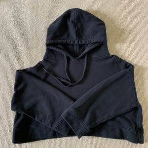 Oak + Fort Black Cropped Oversized Pullover Hoodie *flaw* - S
